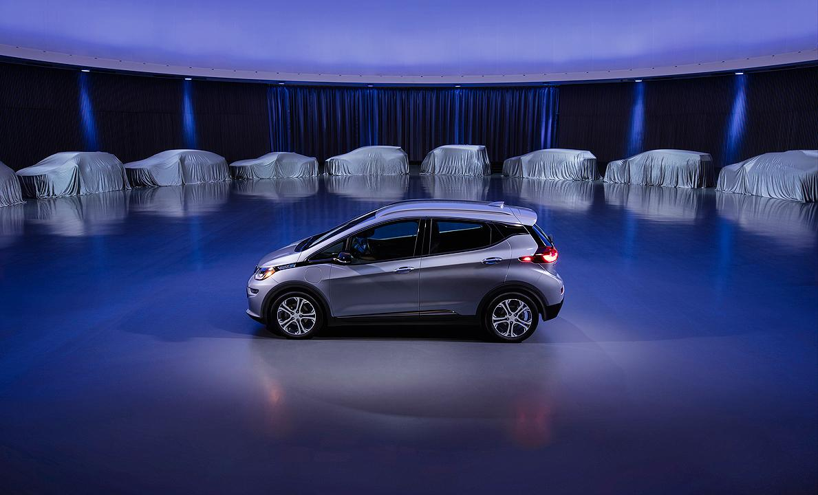 GM-plans-launch-of-all-electric-and-hydrogen-fuel-cell-vehicles