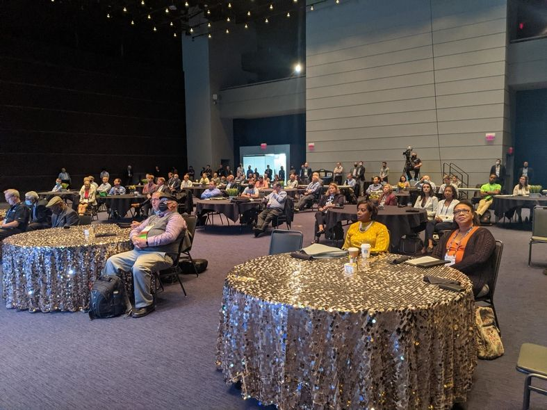 Keynote address draws crowd for  opening of Rubber Division's International Elastomer Conference
