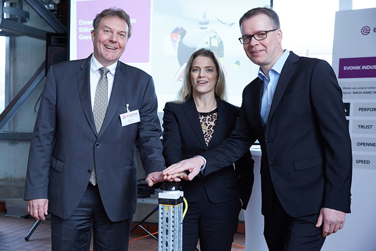 Evonik commissions multi-purpose silicone plant in Germany